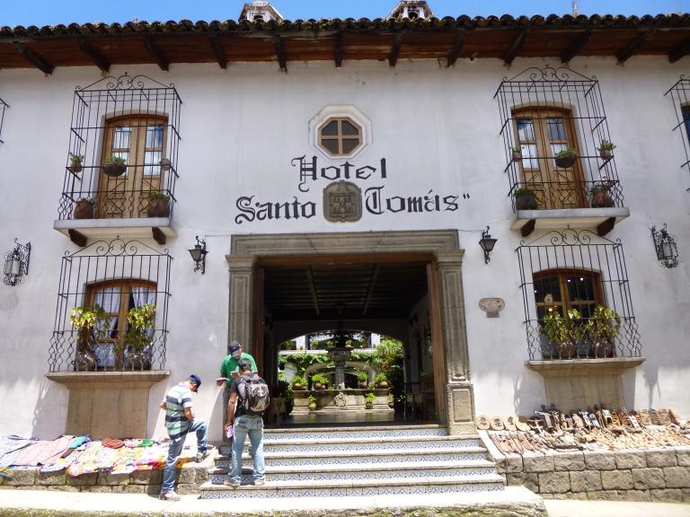 Facade of Hotel San Tomas