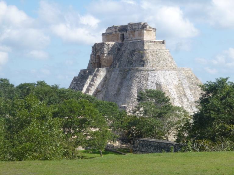Uxmal Pyramid3